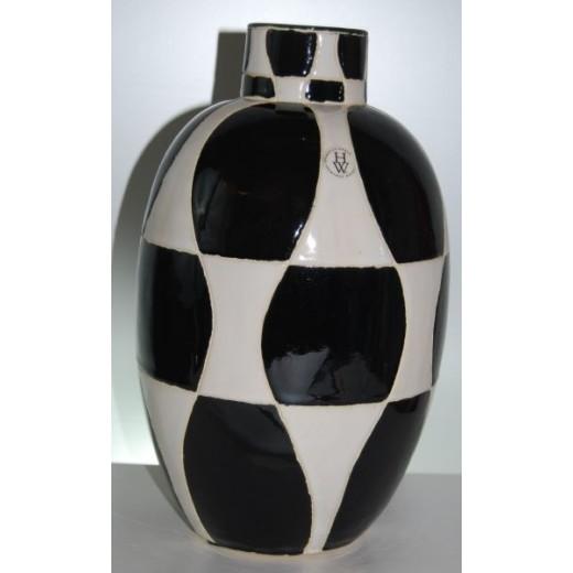 Ternet vase