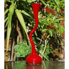 Swing vase rød Britt Bonnesen